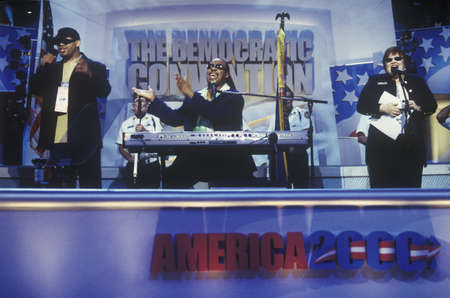 Stevie Wonder performs following Al Gore's nomination speech at the 2000 Democratic Convention at the Staples Center, Los Angeles, CA  Editöryel