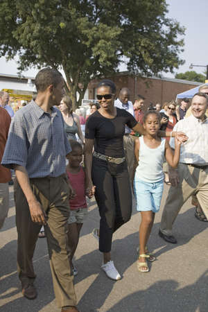 campaigning: U.S. Senator Barak Obama campaigning for President with wife Michelle Obama and daughter at Iowa State Fair in Des Moines Iowa, August 16, 2007