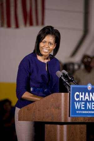 Michelle Obama speaking in front of African American audience during Barack Obama Presidential Rally, October 29, 2008 in Rocky Mount High School, North Carolina Zdjęcie Seryjne - 20803587