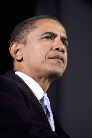 US Senator Barack Obama speaking at Change We Need Presidential rally, October 30, 2008 at Verizon Wireless Virginia Beach Amphitheater in Virginia Beach, VA Zdjęcie Seryjne - 20803708