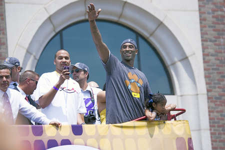 nba: Victory parade for 2009 NBA Champion Los Angeles Lakers, June 16, 2009