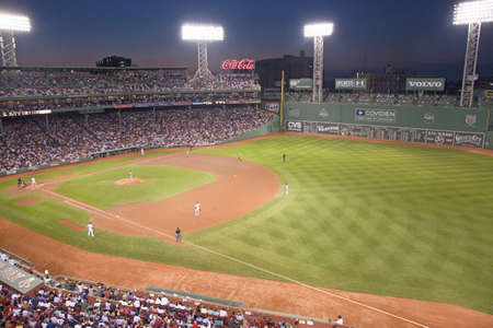 baseball crowd: Night baseball game at historic Fenway Park, Boston Red Sox, Boston, Ma., USA, May 20, 2010, Red Sox versus Minnesota Twins, attendance, 38,144, Red Sox win 6 to 2