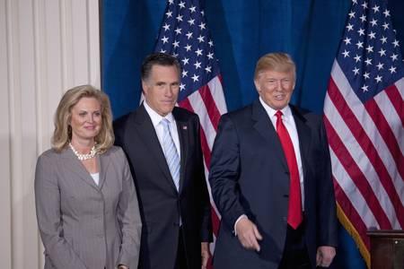 mitt: Trump International Hotel, Las Vegas, Nevada - February 2, 2012 - Mitt Romney together with his wife, Ann Romney and Donald Trump