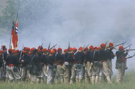 gunfire: Historical reenactment of the Battle of Manassas, marking the beginning of the Civil War, Virginia