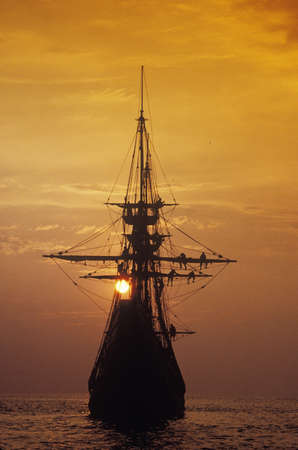 mayflower: Silhouette of a replica of the Mayflower at sunset, Plymouth, Massachusetts