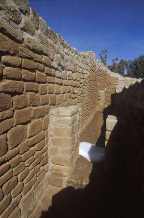 adobe wall: Un muro di mattoni a Cliff Canyon Tempio del Sole, Mesa Verde, CO