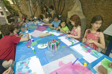 sorolla: Children paint at The Sorolla Museum in Madrid, Spain Editorial