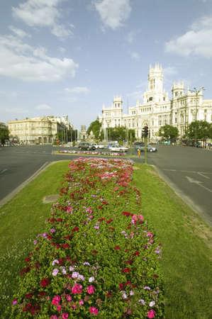 花とマドリード郵便局、マドリード、スペイン