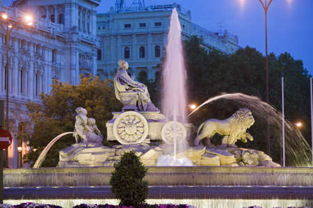 Plaza de Cibeles with Fuente de Cibele at dusk, Madrid, Spain