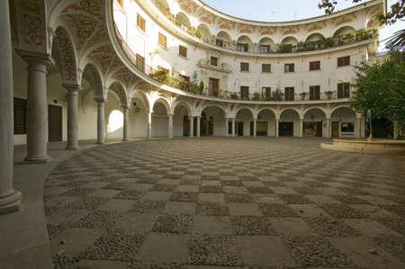 中庭セビリア、セビリア、アンダルシア、スペイン南部 報道画像