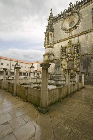 Chapter House, Templar Castle and the Convent of the Knights of Christ, founded by Gualdim Pais in 1160 AD, is a Unesco World Heritage Site in Tomar, Portugal Редакционное