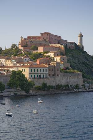 Water view of Portoferraio, Province of Livorno, on the island of Elba in the Tuscan Archipelago of Italy, Europe, where Napoleon Bonaparte was exiled in 1814 Banco de Imagens - 20801787