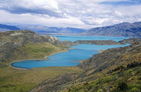 el calafate: Argentinas largest lake, Lago Argentino in Parque Nacional Las Glaciares, near El Calafate, Patagonia, Argentina