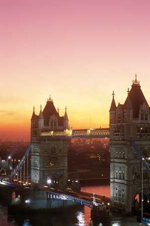 photographies: Tower Bridge at sunset in London, England Editorial