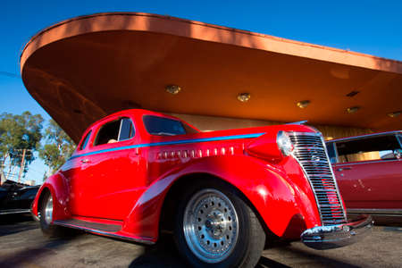 burbank: Classic cars and hot rods at 1950s Diner, Bobs Big Boy, Riverside Drive, Burbank, California
