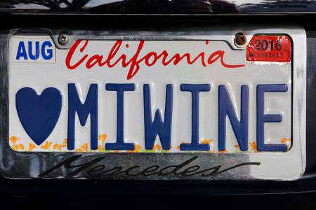Miwine - カリフォルニアの虚栄心カスタム ナンバー プレート カリフォルニア ワイン愛好家のため