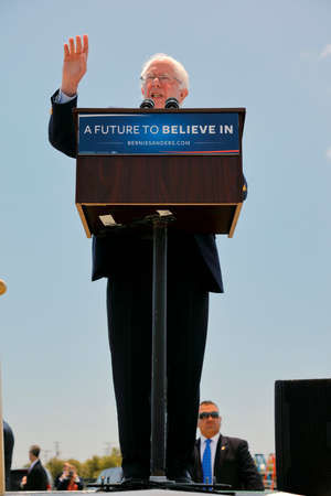 political rally: VENTURA, CA - MAY 26, 2016: Democratic presidential candidate, Sen. Bernie Sanders (D-VT) speaks at a campaign rally at Ventura College, in preparation for June 7 California Primary Election.