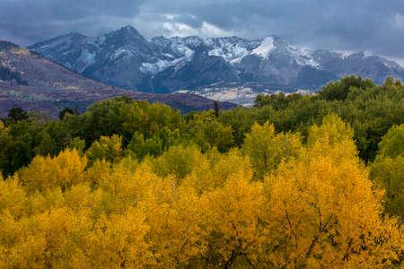 OCTOBER 8, 2014 - Colorado, USA - Autumn Color in Colorado, Landscape - San Juan Mountains near Ridgway Publikacyjne