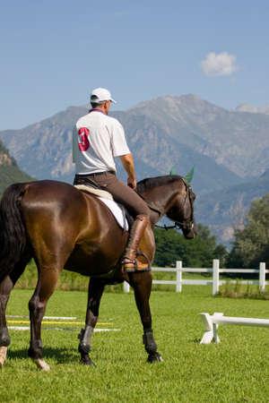 uomo a cavallo: cavaliere Archivio Fotografico