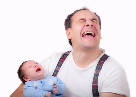 Dulce del beb� del Cryes con su padre photo