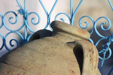 Old jar in Tunisia 免版税图像