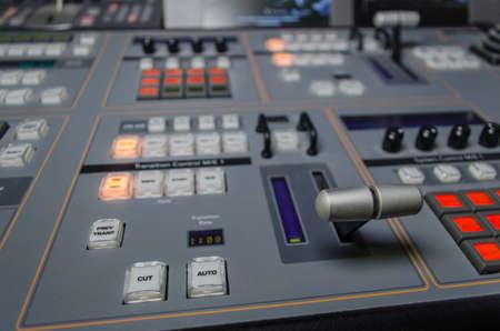 비디오 및 오디오 컨트롤 믹싱 데스크, 텔레비전 방송 사진