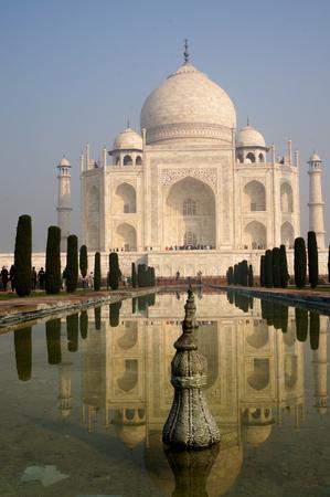 love dome: Agra, India - 24th November 2013; View fo the Taj Mahal and it
