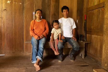 machete: Quechua family from ecuadorian Amazonia,cocoa farmers