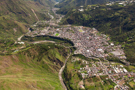 tungurahua: banos de agua santa viewed from w to e , tungurahua province ecuador, high altitude helicopter shot. Stock Photo