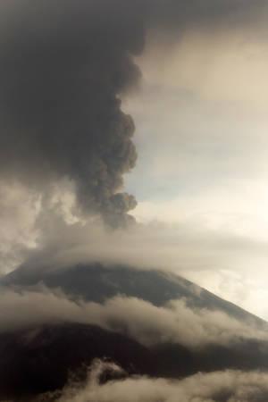 tungurahua: Tungurahua Volcano Eruption May 2011 Large Quantity Of Ash Darkening The Sky Vertical Composition