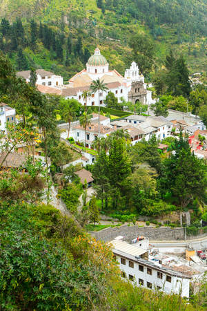 separates: The Sanctuary Of Guapulo Which Has Been A Site Of Pilgrimage From Quito For Many Centuries Is Situated On A Small Plateau Among The Range Of Hills That Separates Quito From The Tumbaco Valley