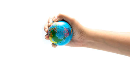 protecting your business: bola de la tierra en la mano aisladas sobre fondo blanco