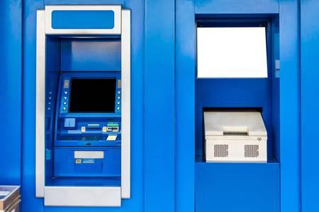 automatic teller machine: Azul cajero autom�tico o ATM y libretas actualizaci�n Foto de archivo