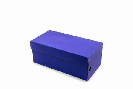 Blauwe schoendoos op witte achtergrond. Document vakje voor schoenen, elektronisch apparaat en andere producten.