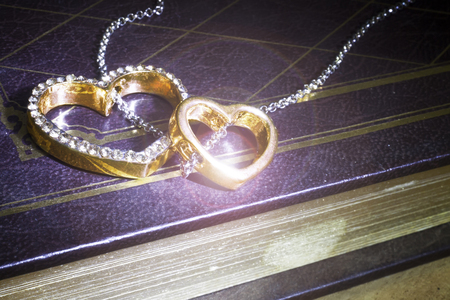pendant in the shape of heart