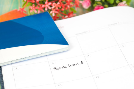 banking problems: Reminder bank loan in calendar