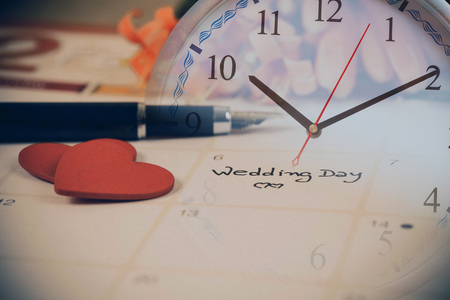 Reminder Wedding day in calendar planning and clock Banque d'images