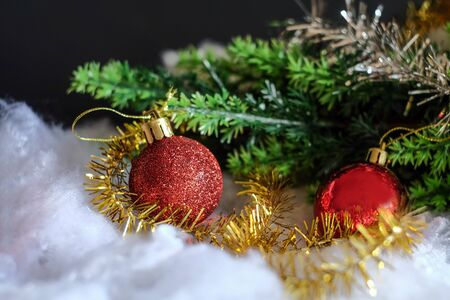 Red ball christmas decoration on rustic table,Christmas background. Stockfoto