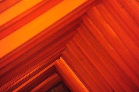 Rouge Tori porte au Sanctuaire Fushimi Inari � Kyoto, Japon