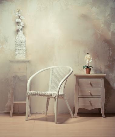 Belsőépítészeti a szoba bútorok bézs-fehér színben