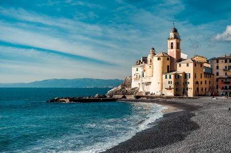Ansicht von Camogli. Camogli ist ein kleines italienisches Fischerdorf und Urlaubsort