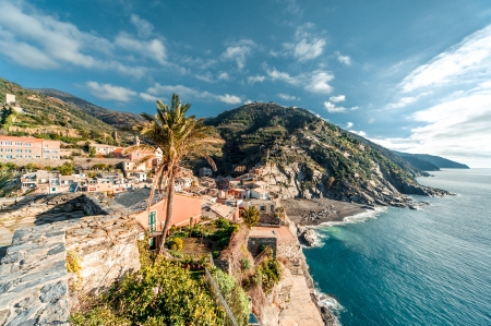 fishing village: View of Vernazza seaside. Vernazza is a town in the province of La Spezia, Liguria, northwestern Italy.