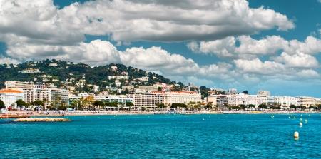 paisaje mediterraneo: Vista panorámica de la zona de La Croisette Cannes Francia