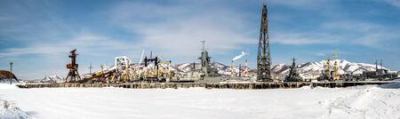 far east: Vista panor�mica de los buques de guerra en el puerto de Petropavlovsk-Kamchatsky Lejano Oriente, Rusia