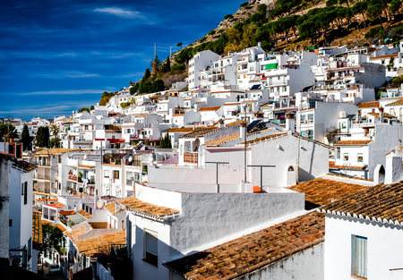 ミハスの日ビュー。ミハスはコスタ ・ デル ・ ソル スペインの素敵なアンダルシアの街
