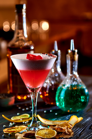 cranberry juice: Alcoholic cocktail with whiskey and cranberry juice