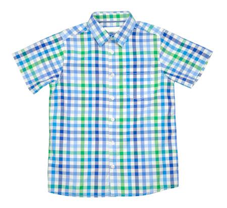 moda ropa: A cuadros de color de la camiseta para el muchacho aislado con el camino de recortes sobre el fondo blanco