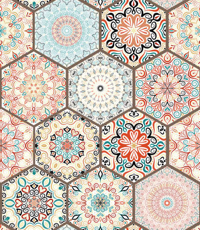 Rich-Hexagon Tile Ornament aus bunten Mandalas. Nahtlose Muster im orientalischen Stil. Platz Fliese Patchwork-Design. Komplizierte Fliesenmuster. Boho Chic Fliesenmuster für Stoff, Möbel, Tapeten.