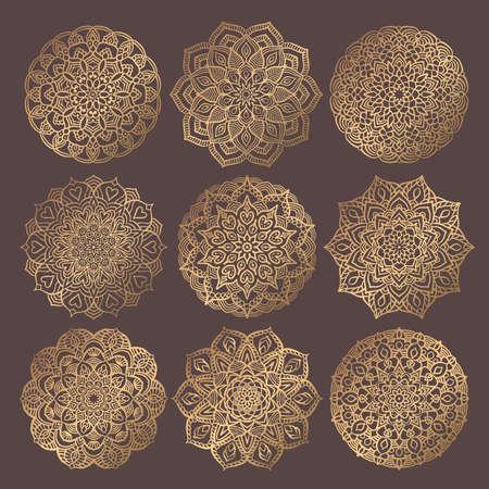 만다라 벡터 디자인 요소입니다. 골든 라운드 장식품. 장식적인 꽃 패턴입니다. 명상 요가 로고 양식에 일치시키는 꽃 차크라 기호. 복잡한 번창 직조 메달. 문신 인쇄 컬렉션 스톡 콘텐츠 - 99583793