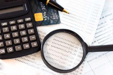 예약 은행, 신용 카드, 계산기, 공 펜. 스톡 콘텐츠